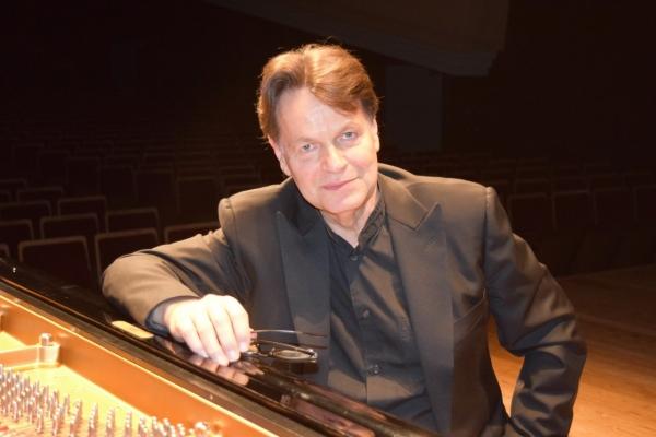 【アンコール情報】ミシェル・ベロフ・ピアノ・リサイタル   クラシック・コンサート案内、チケット情報はパシフィック・コンサート・マネジメントへ