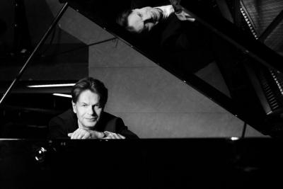 チケット発売情報 ミシェル・ベロフ ピアノ・リサイタル | クラシック・コンサート案内、チケット情報はパシフィック・コンサート・マネジメントへ